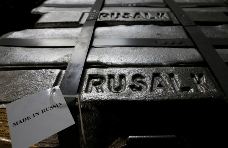 U S  customers scramble to replace Rusal metal after