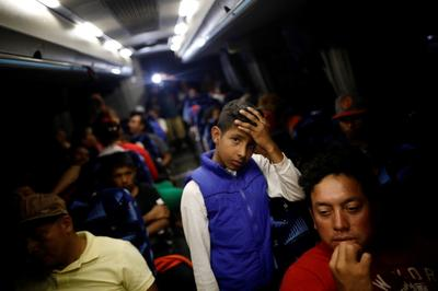 Migrant caravan heads to U.S. border
