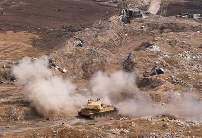 Syrian army closes in on Islamic State