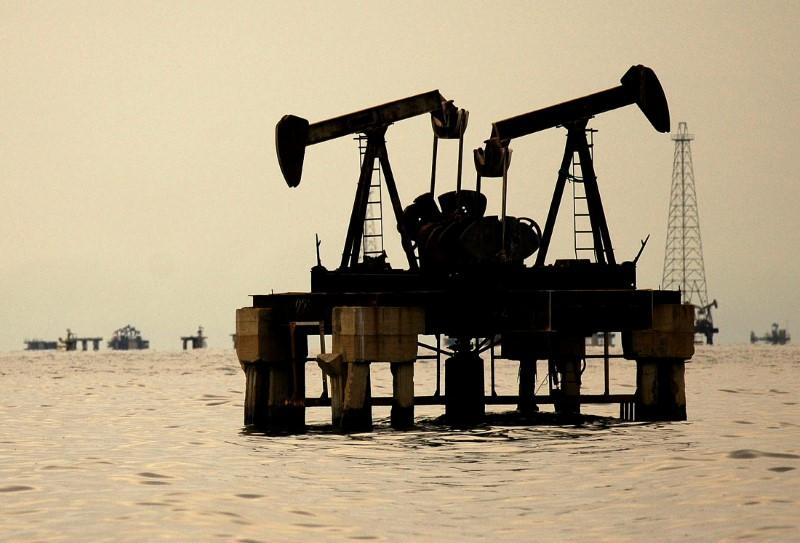 Oil prices fall as supply from top three producers set to rise