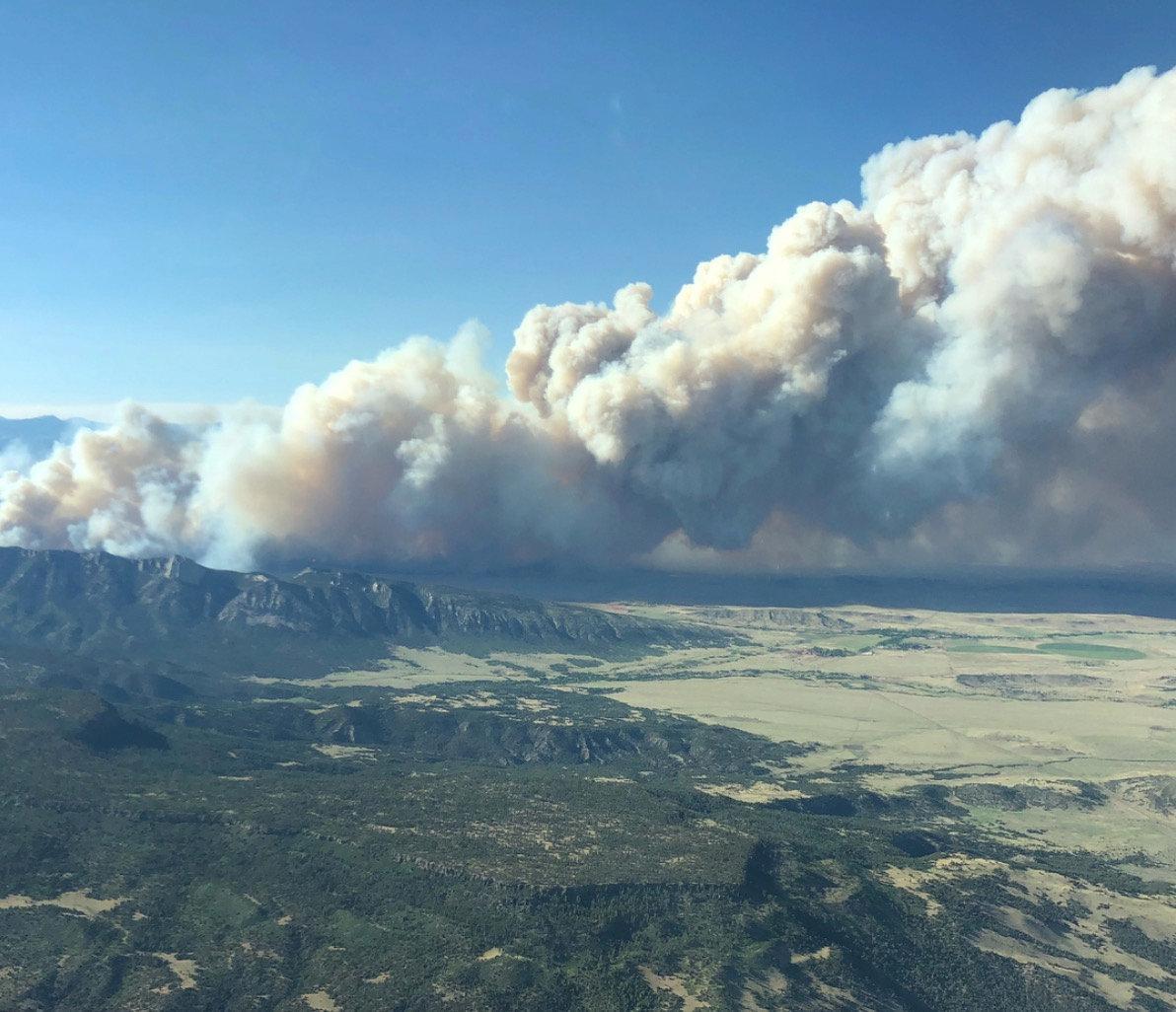 New Mexico, Colorado wildfires force hundreds to evacuate - Reuters
