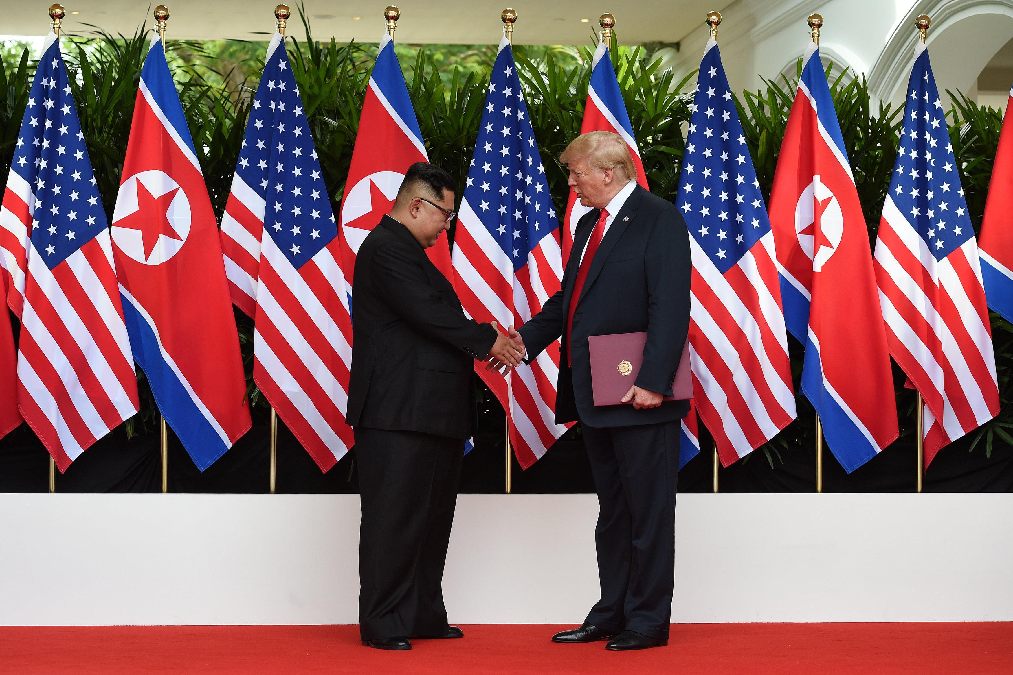 """Résultat de recherche d'images pour """"Trump, Kim agree on denuclearization, but deal seen symbolic"""""""