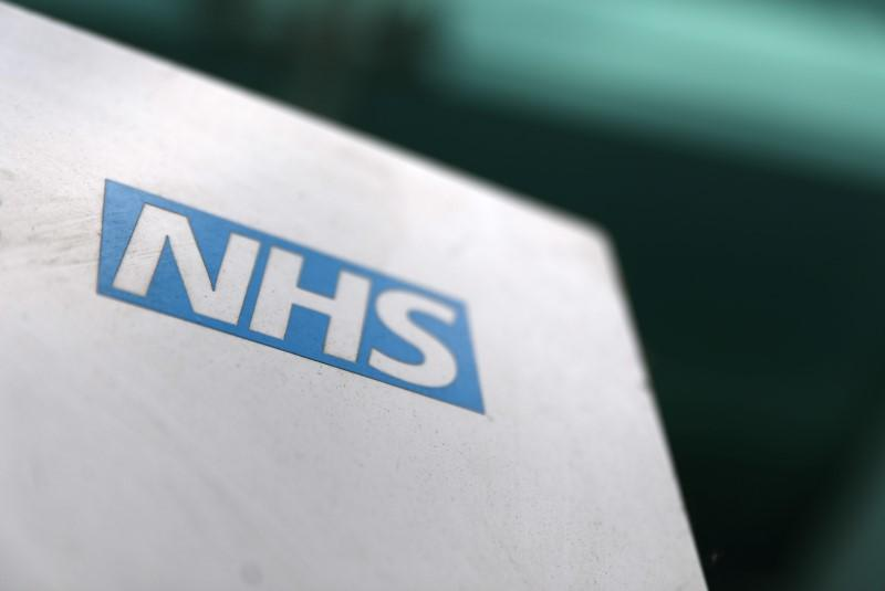 UK to relax immigration rules for non-EU doctors and nurses