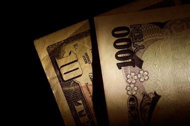 ドルや円が上昇、米中貿易摩擦でリスク回避=NY市場