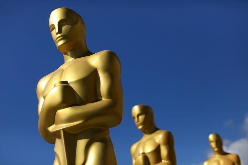Movie academy invites 928 new members in diversity push
