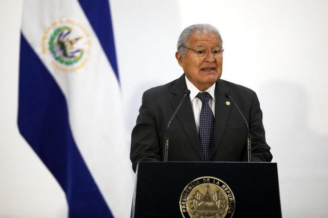 El Salvador government rejects court ruling as political attack | Reuters