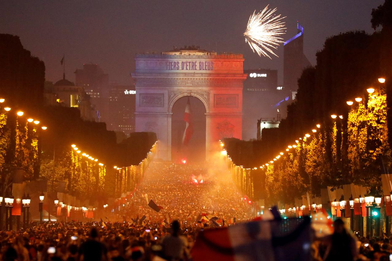 Image result for france world cup 2018 paris champs elysees