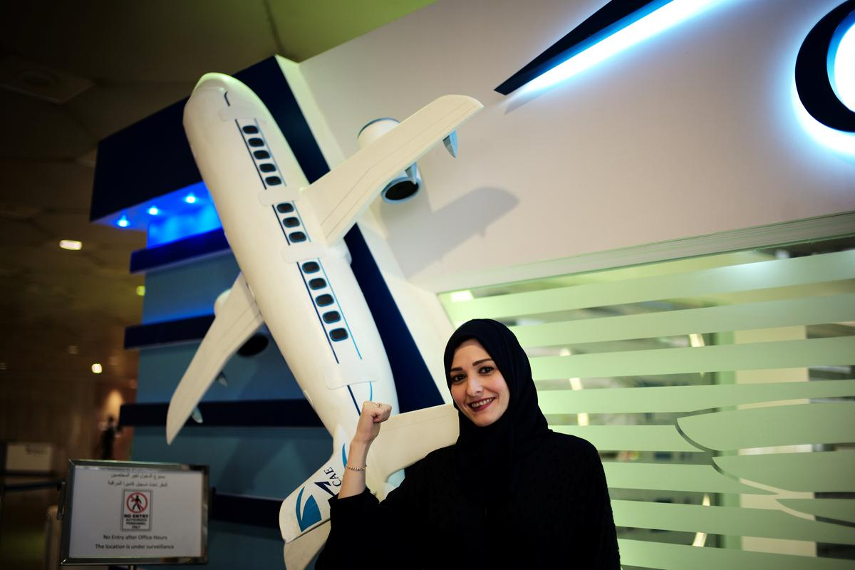 Saudi aviation academy to train first women pilots | Reuters