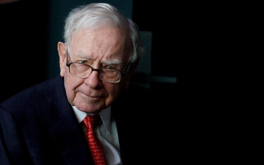 reuters.com - Reuters Editorial - Buffett's Berkshire Hathaway loosens policy on stock buybacks