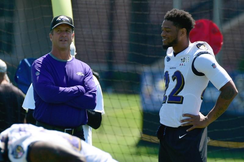 Ravens CB Smith practices; Yanda recovering from shoulder surgery | Reuters