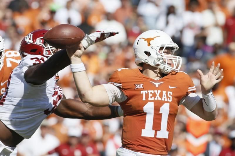 QB Ehlinger wins Longhorns' starting job