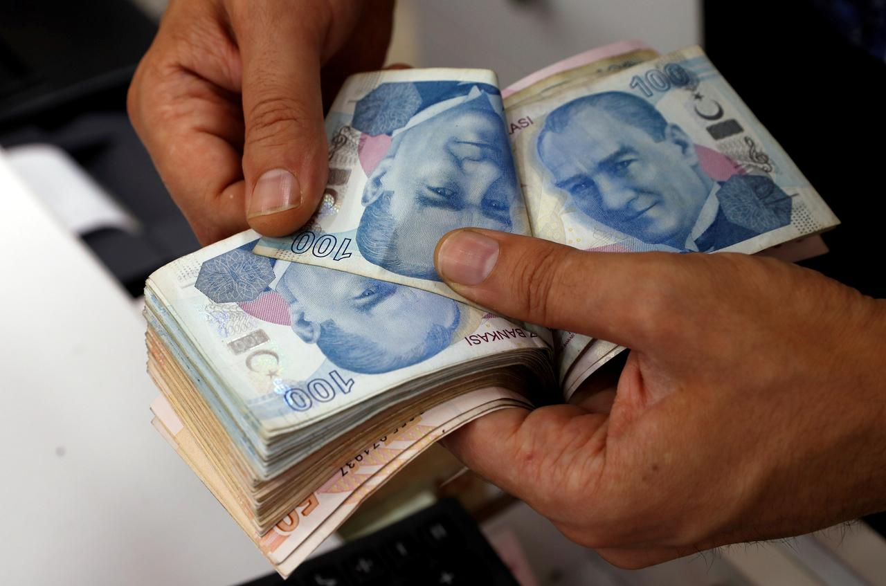 Turkish Lira Firms Against Dollar As U S Standoff Drags On