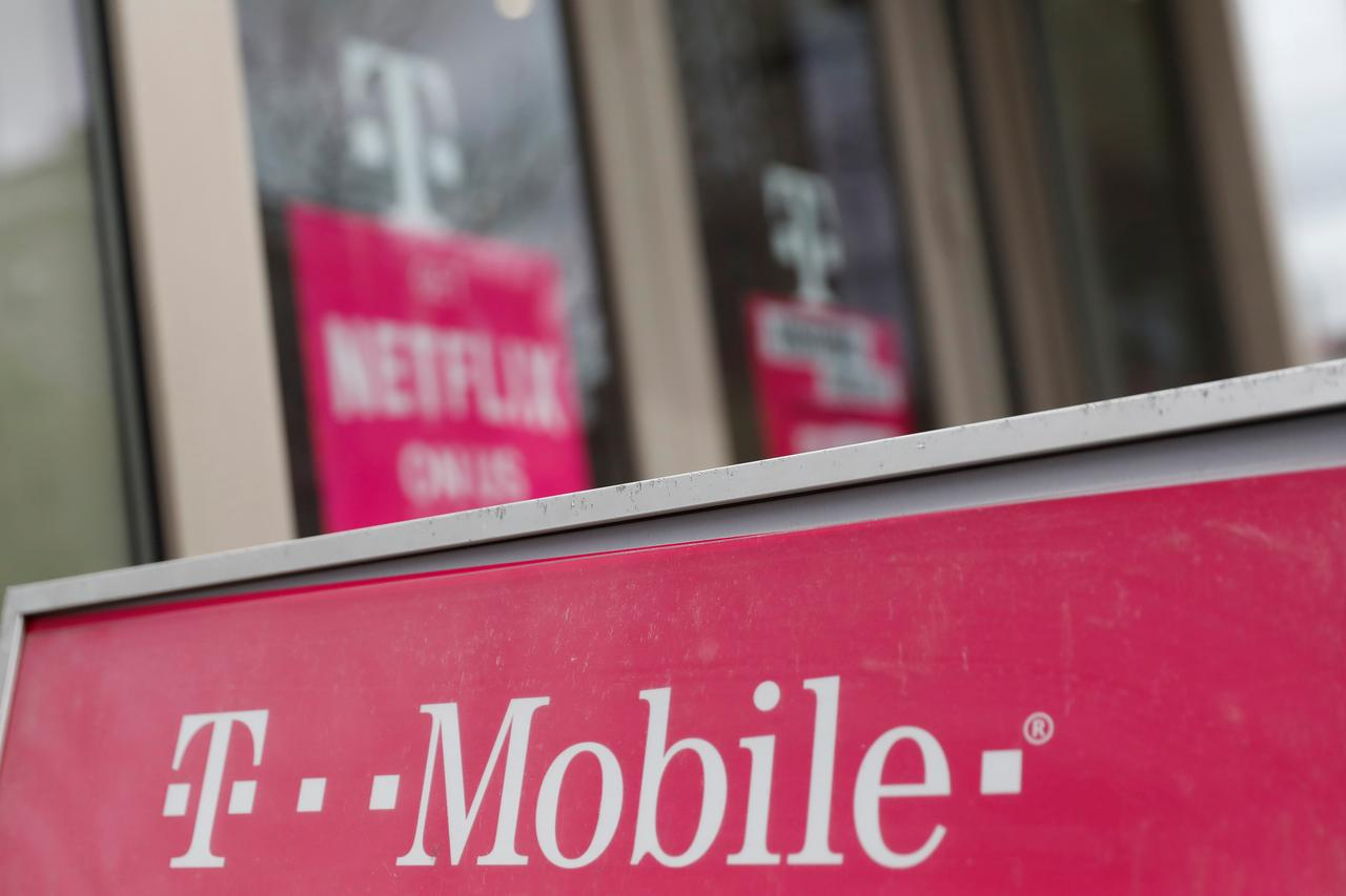 U S Union Urges States To Look Into T Mobile Purchase Of Sprint