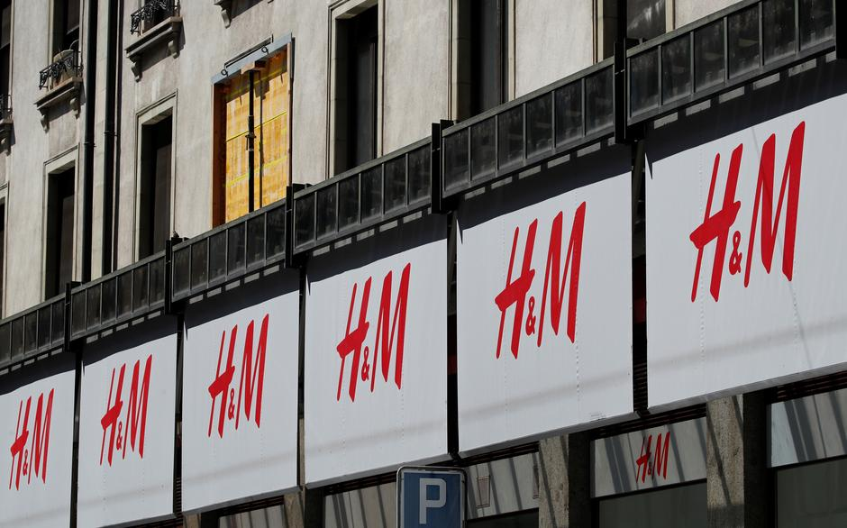 H&M shares jump as logistics revamp helps speed sales - Reuters