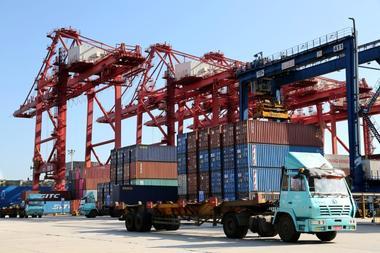 中国、600億ドルの米国製品に報復関税へ 24日から
