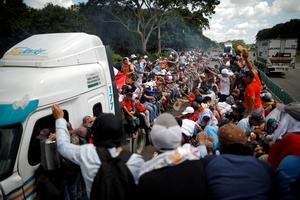 'March of the Migrant' heads north