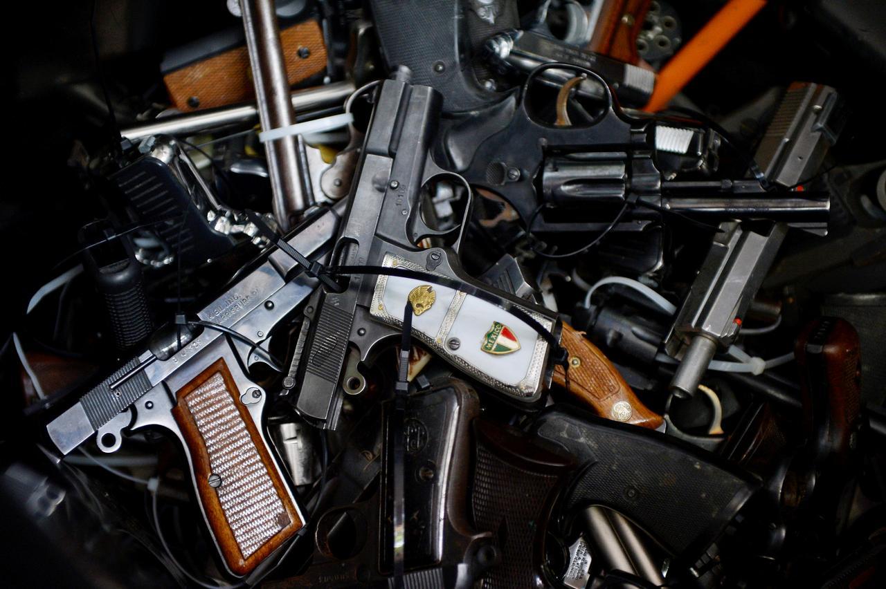 Supreme Court rebuffs challenge to California gun