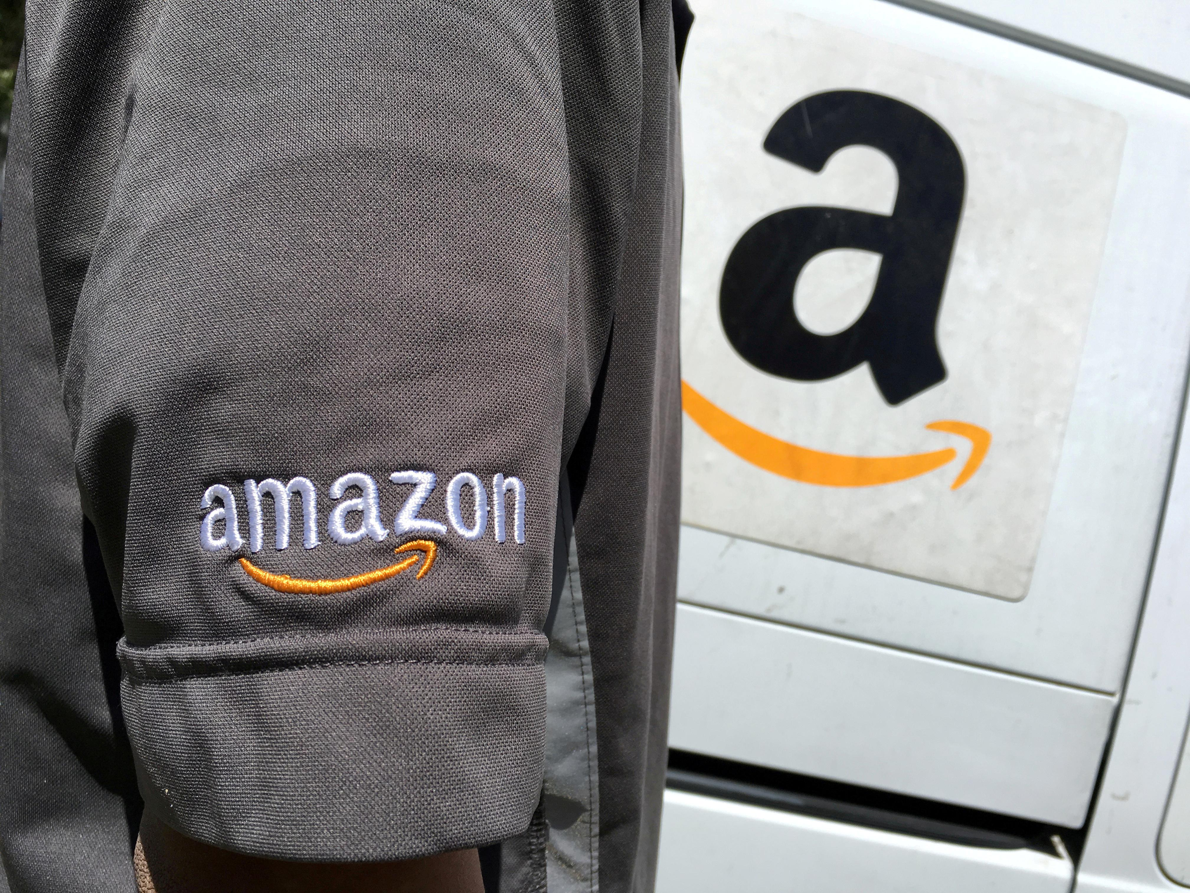 Amazon hiring thousands of delivery drivers for holiday season
