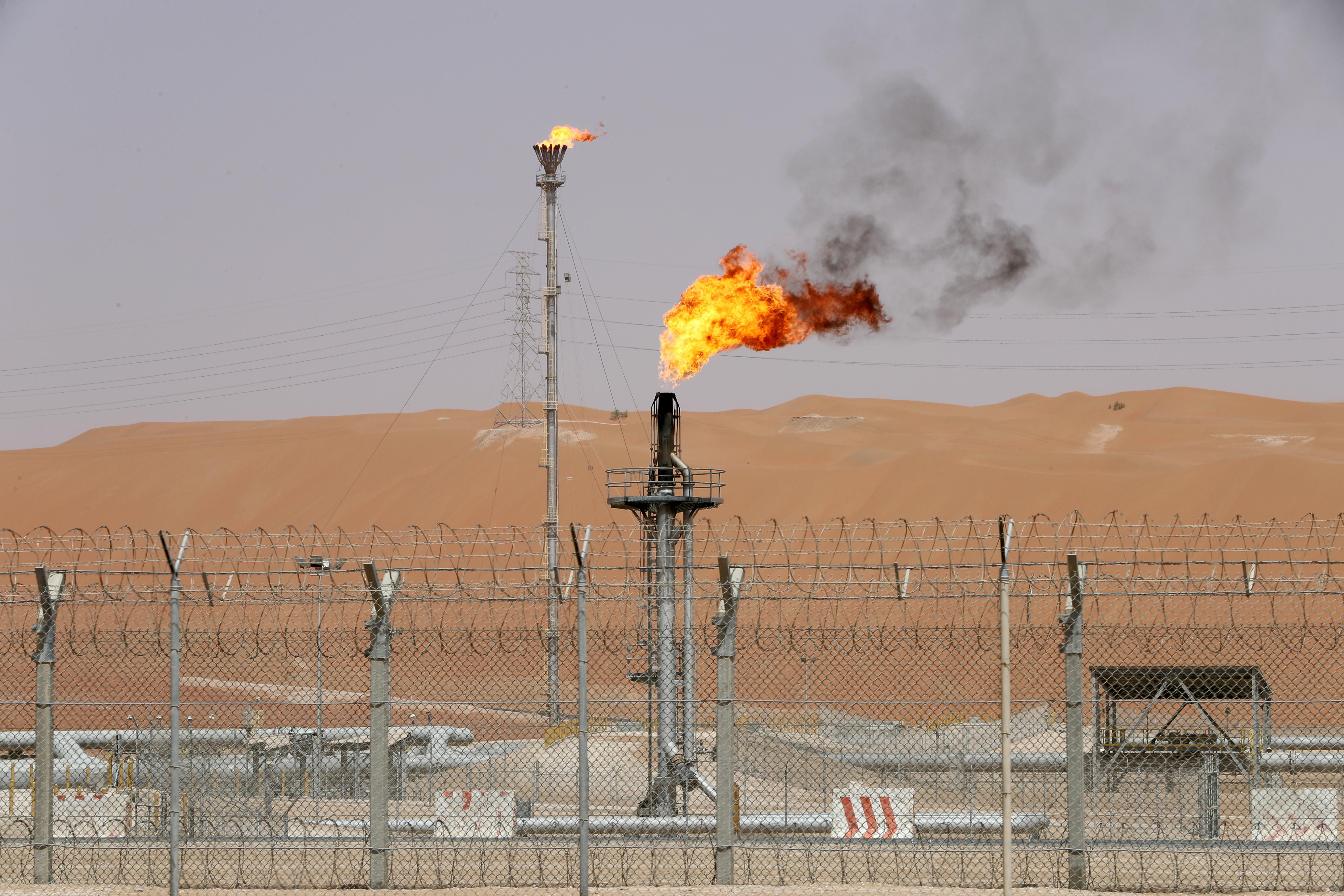 Saudi Arabia to ship less oil in December as it floats cut talks possibility