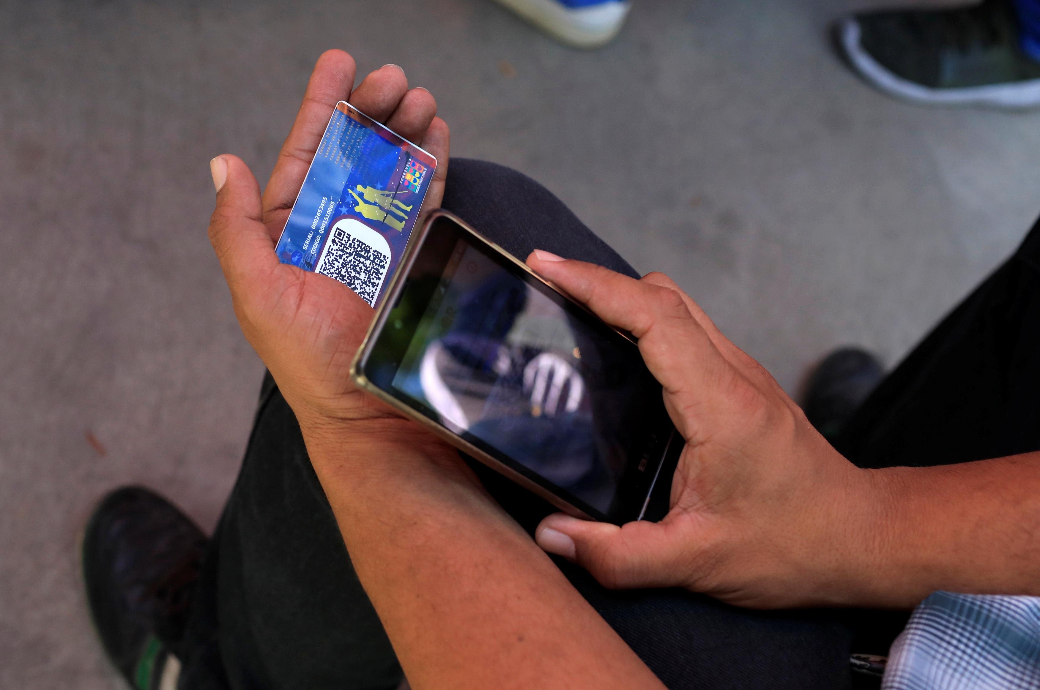 Special Report: How ZTE helps Venezuela create China-style social...