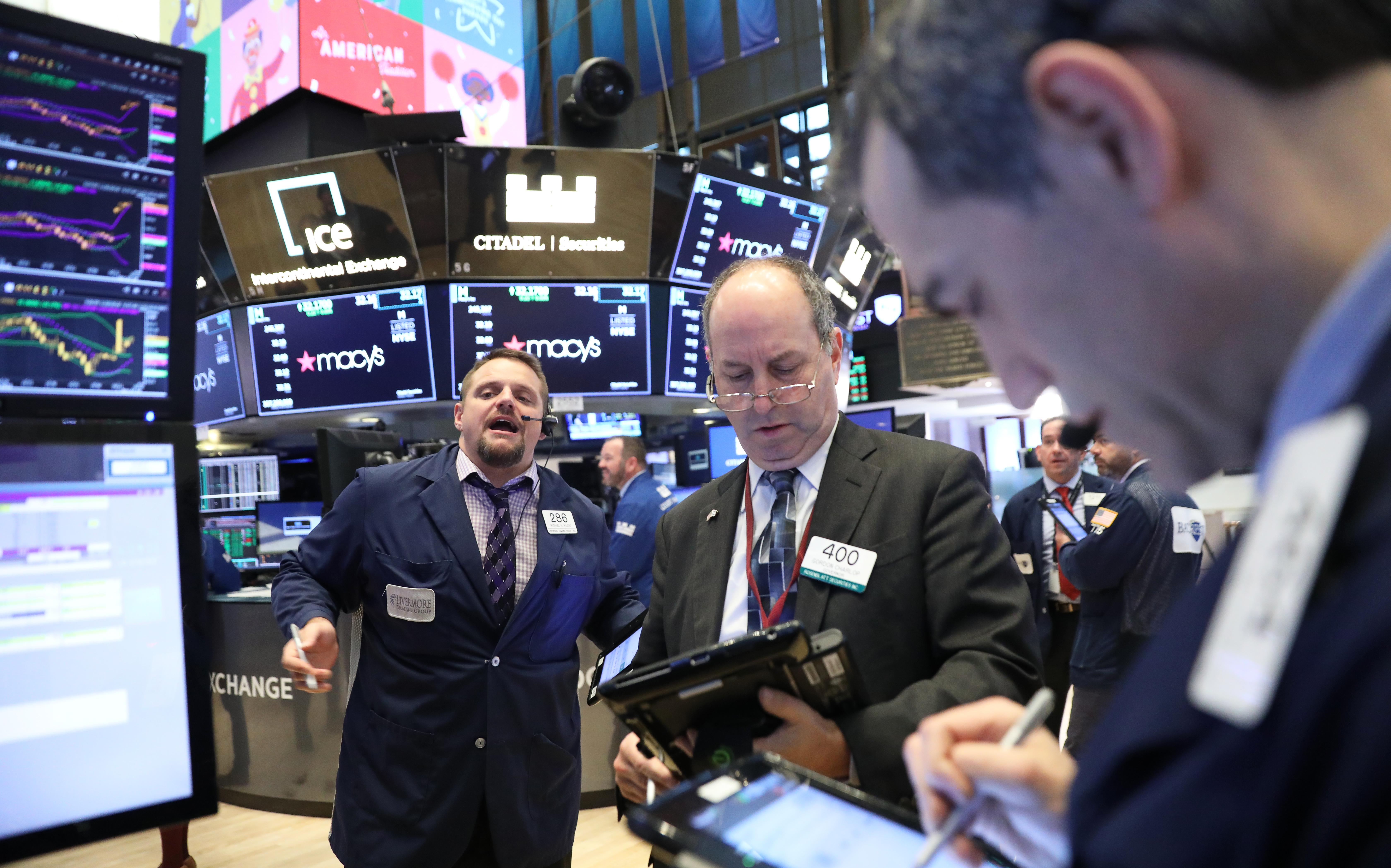 Global markets: technology, energy stocks rally