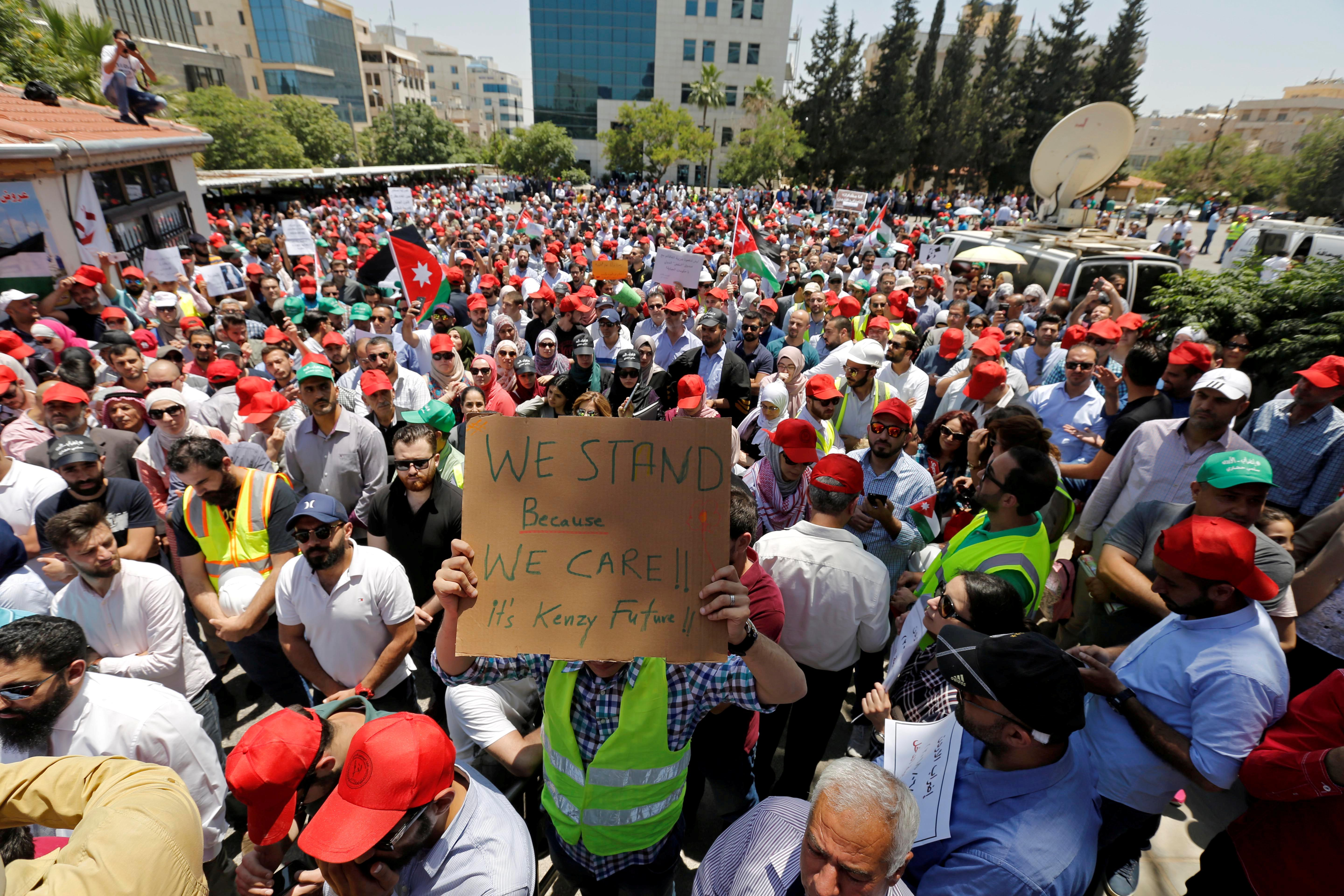 Jordan faces wave of dissent as government's troubles mount