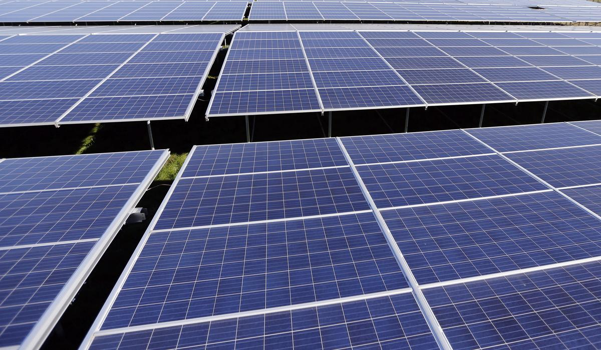 EU clears 600 million euros in aid for solar power in France