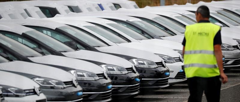 Automarkt In Deutschland Schrumpft Im November Weiter Reuters