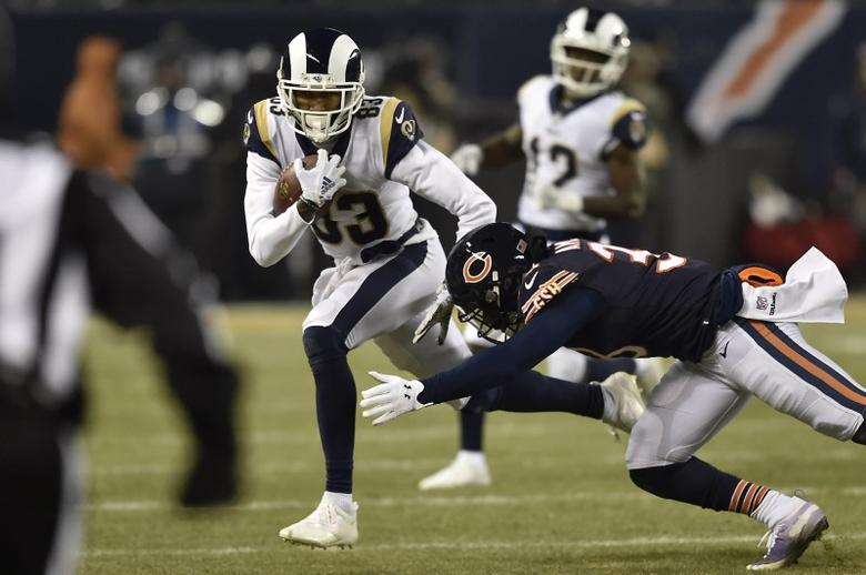 0dfc3c97 NFL roundup: Bears beat Rams, shake up playoff picture | Reuters.com