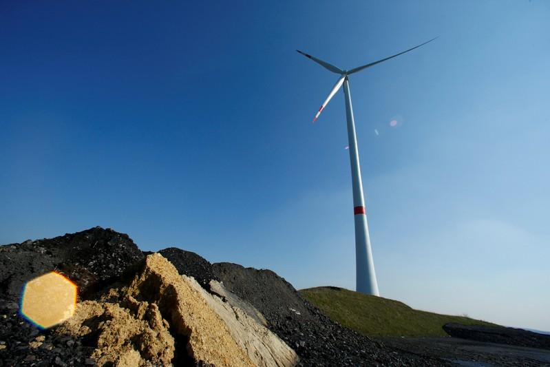 Green power on track to overtake coal in Germany by year end