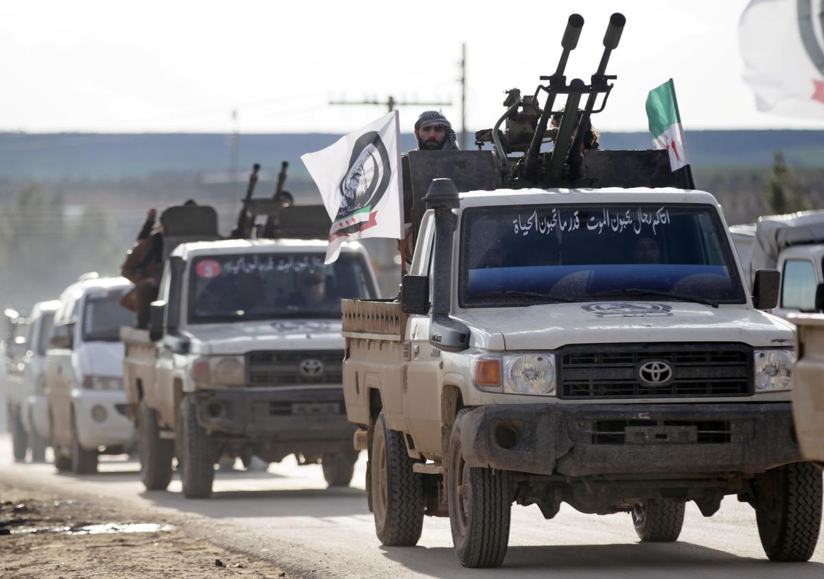 Syrian army deploys to Manbij area after Kurdish calls to deter Turkey