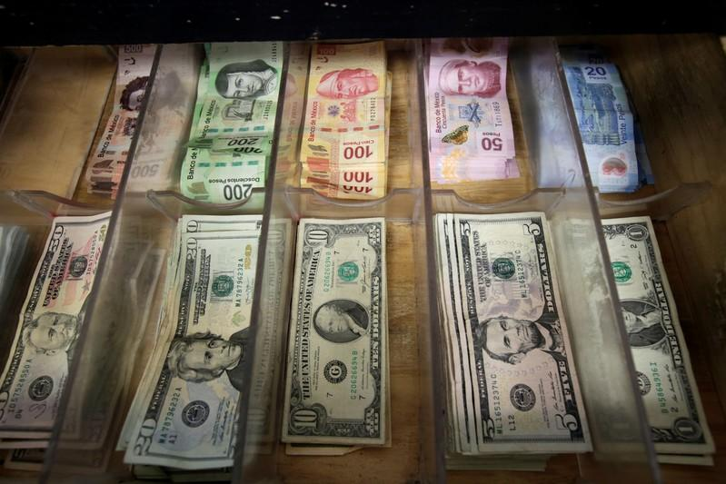 Peso Mexicano Pierde Ante Fortaleza