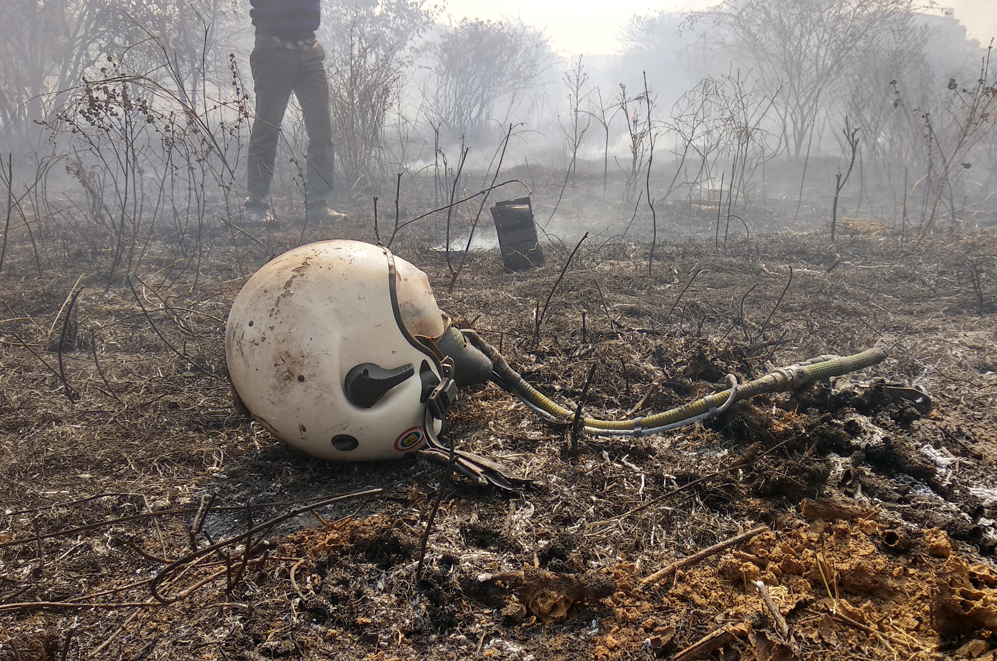 Fighter jet crashes in Bengaluru, two pilots dead