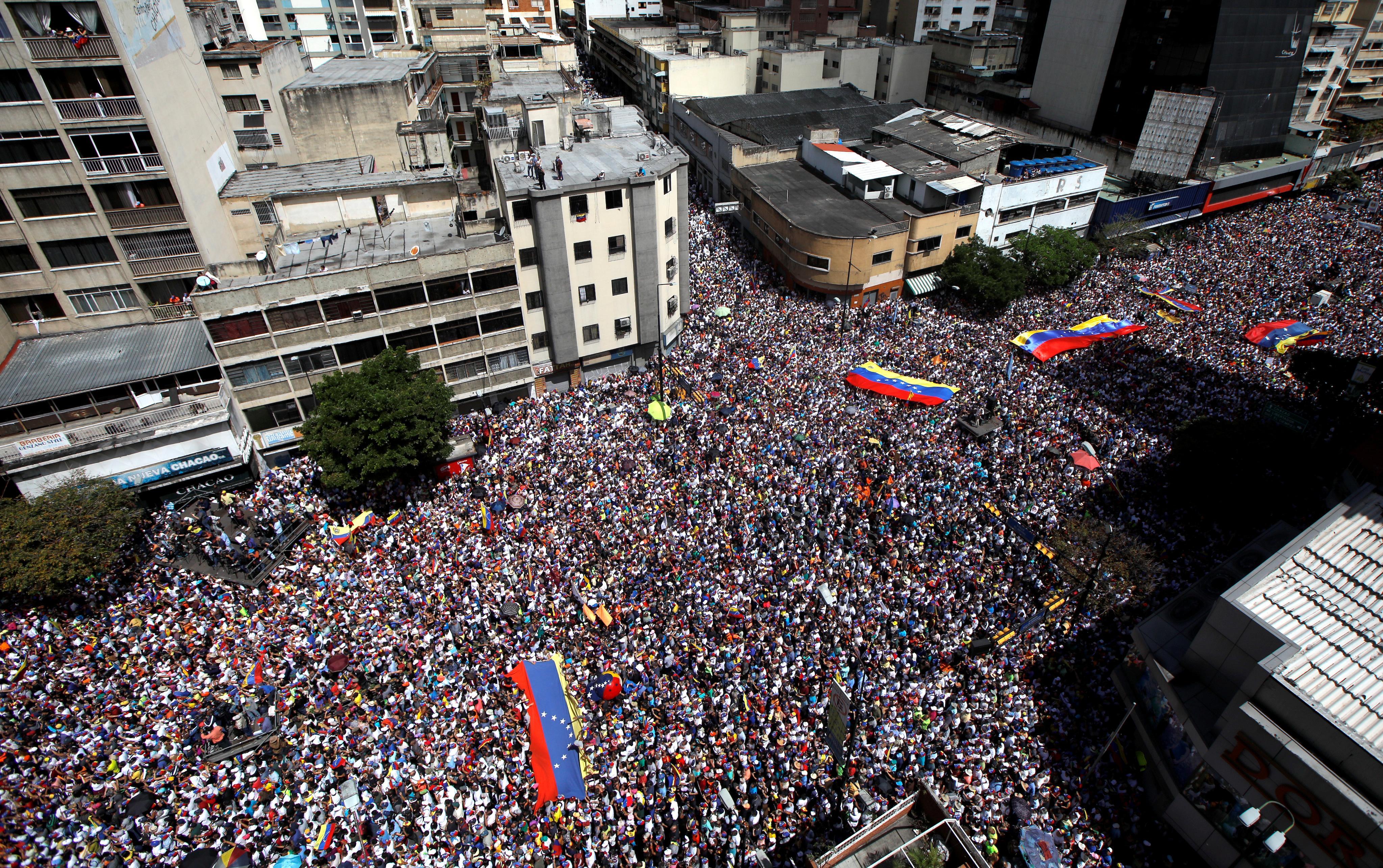 Cuba says U.S. moving special forces, preparing Venezuelan...