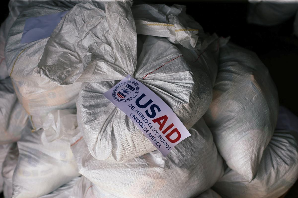 U.S. to deliver over 200 tons of aid to Venezuelan border