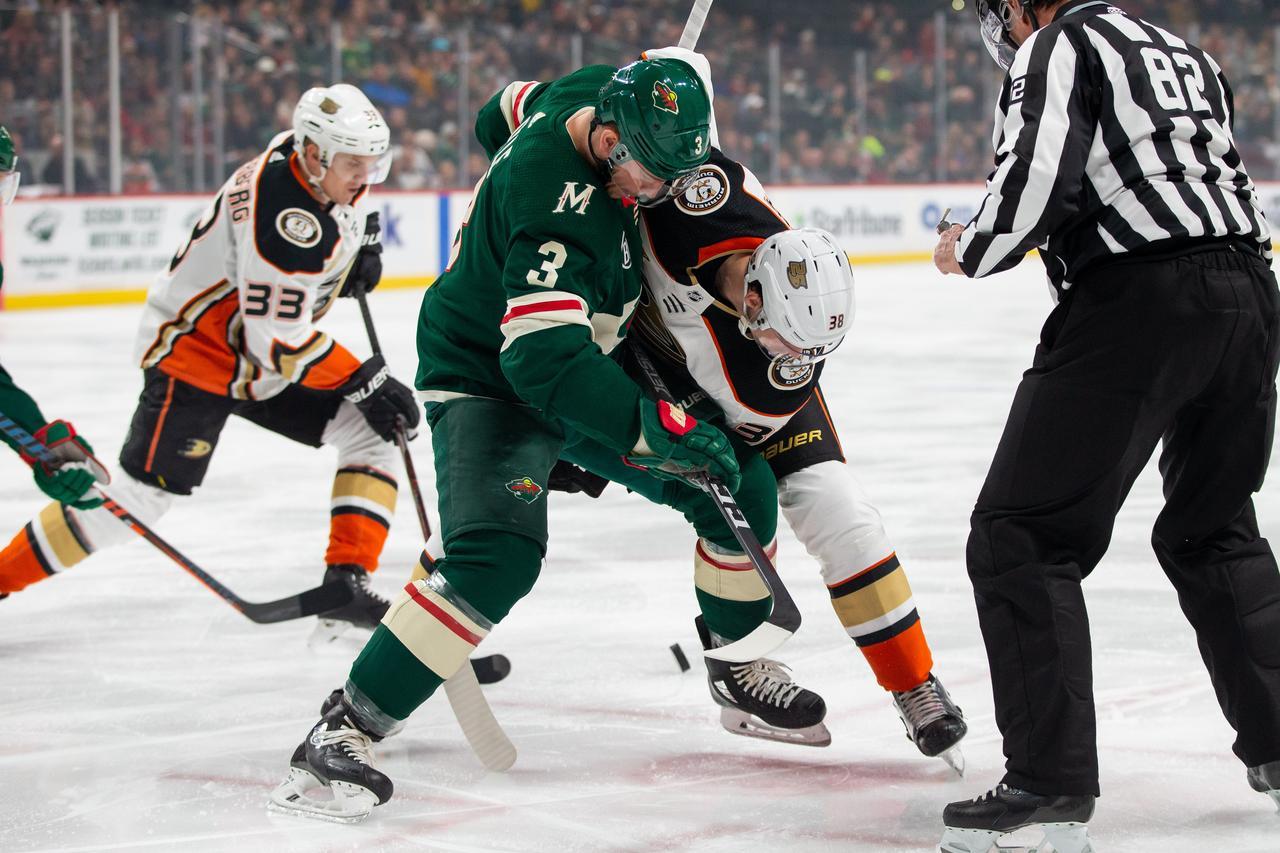 Ducks beat Wild 8eb45f923
