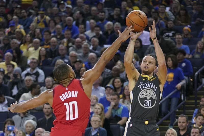 NBA roundup: Harden-less Rockets stun Warriors