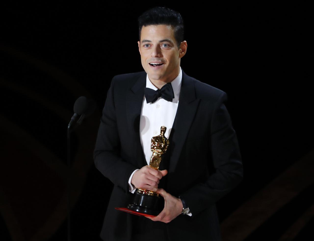 What Does Oscar Mike Mean >> Rami Malek Wins Best Actor Oscar For Bohemian Rhapsody