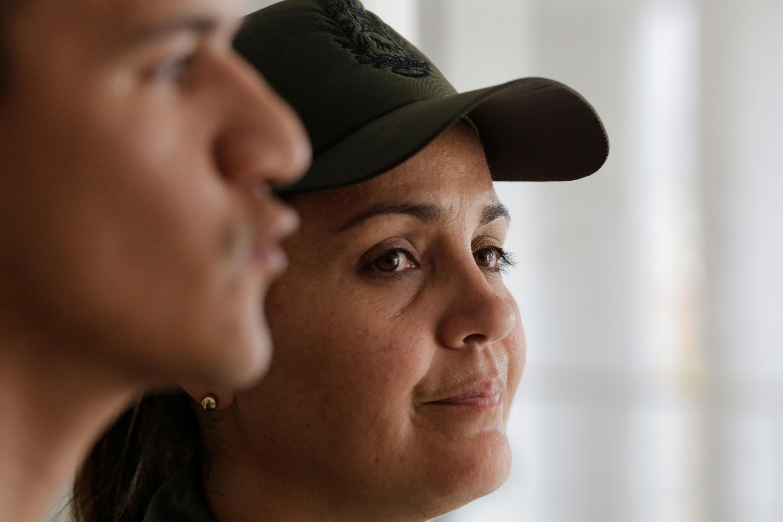 Venezuelan military deserters willing to return to fight Maduro