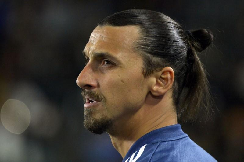 Ibrahimovic hits out at Ferguson's Class of 92 for Pogba