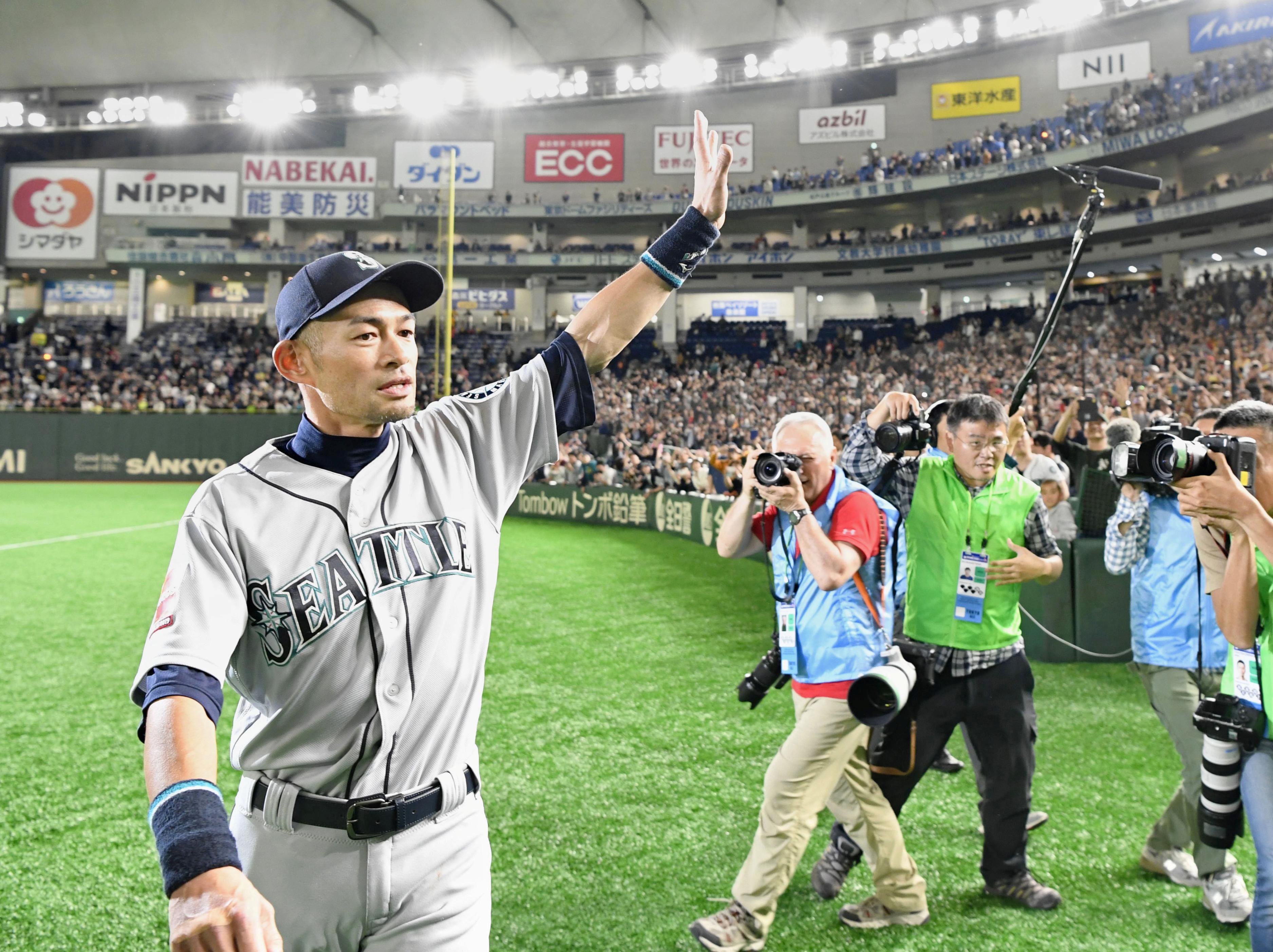 Baseball: Team mates weep as Ichiro, baseball's most prolific...