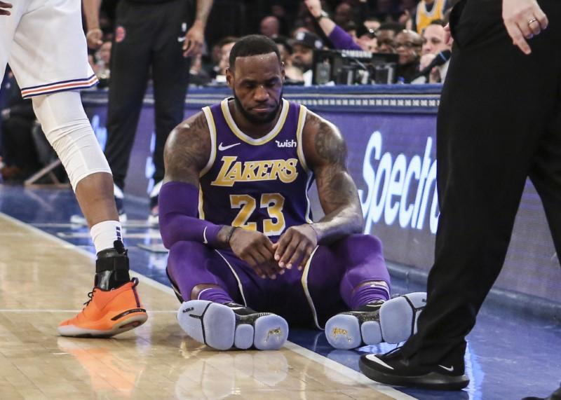 f1c3bbdd635c NBA notebook  Lakers expect James to play Friday - Reuters