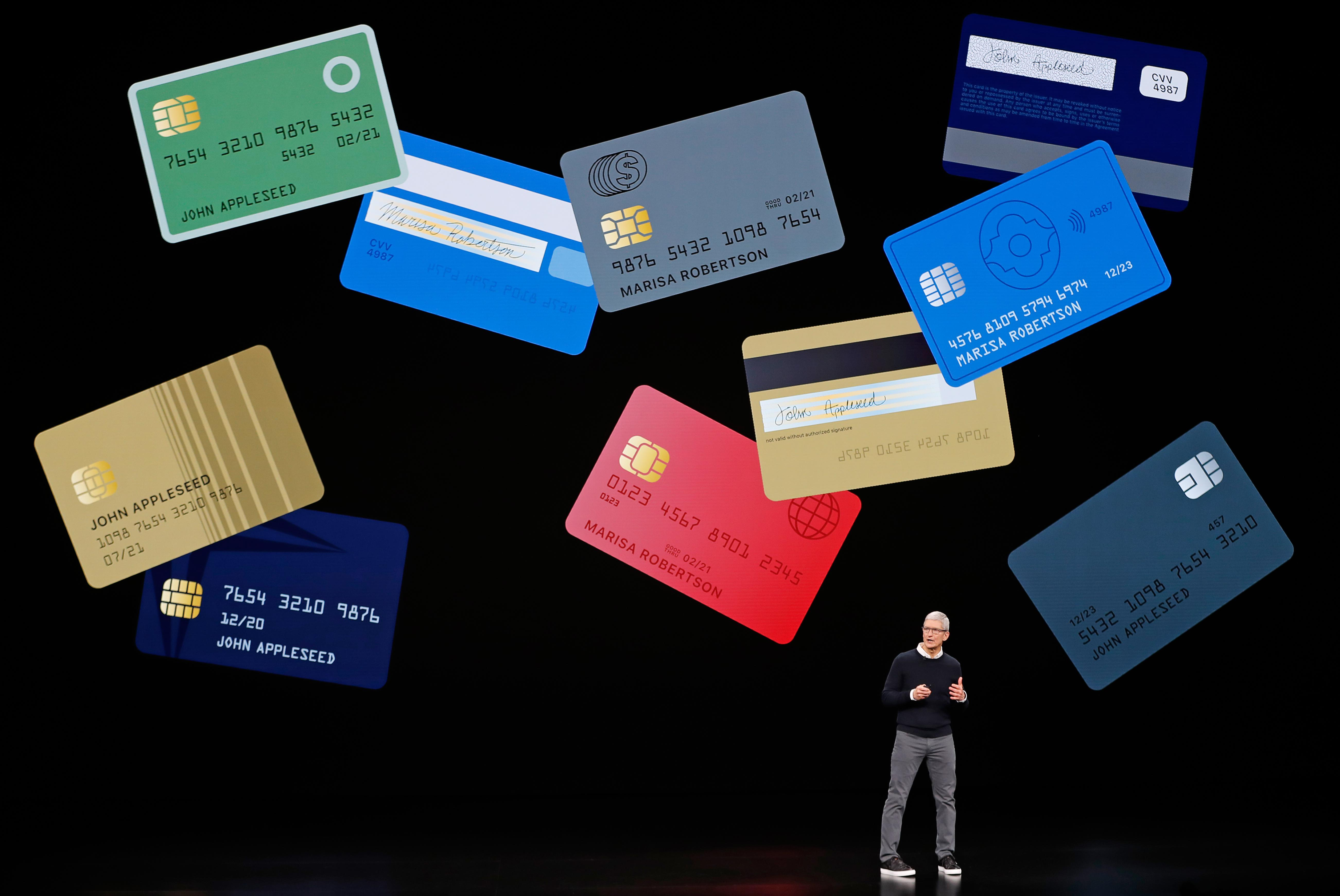 Apple launches credit card with Goldman Sachs