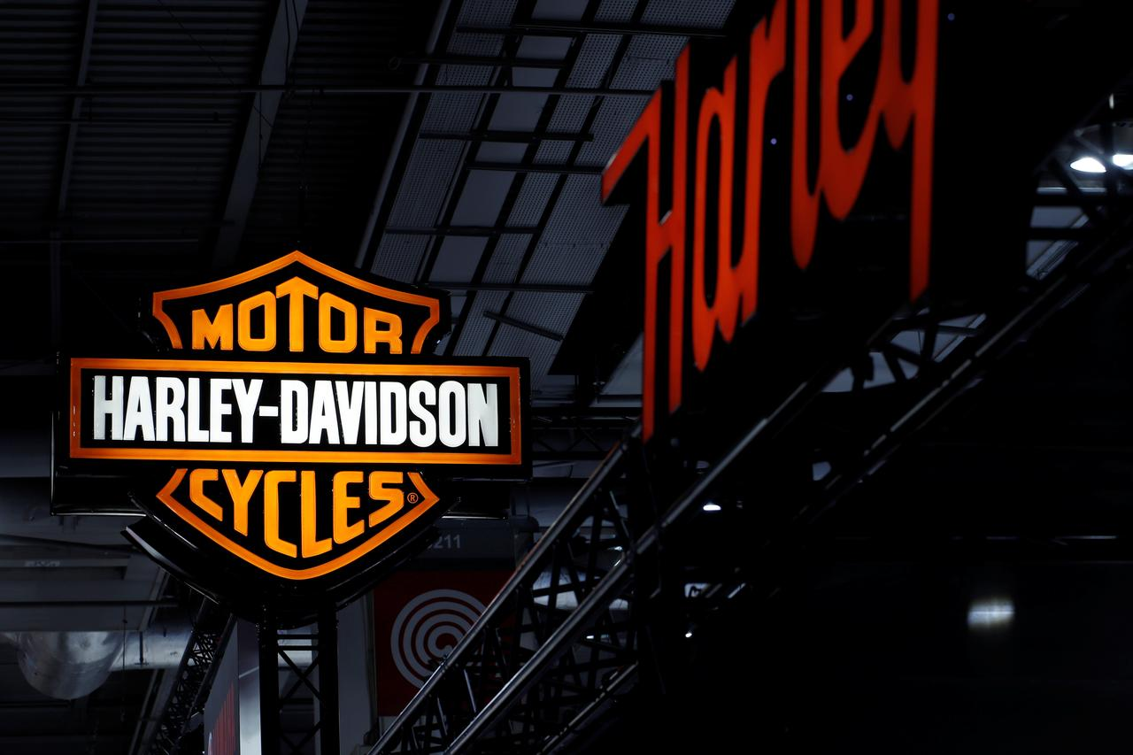 Harley-Davidson workers in Wisconsin reject new labor contract - Reuters