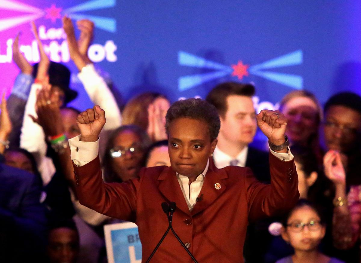 Newcomer Mayor Lori Lightfoot takes on Chicago establishment and