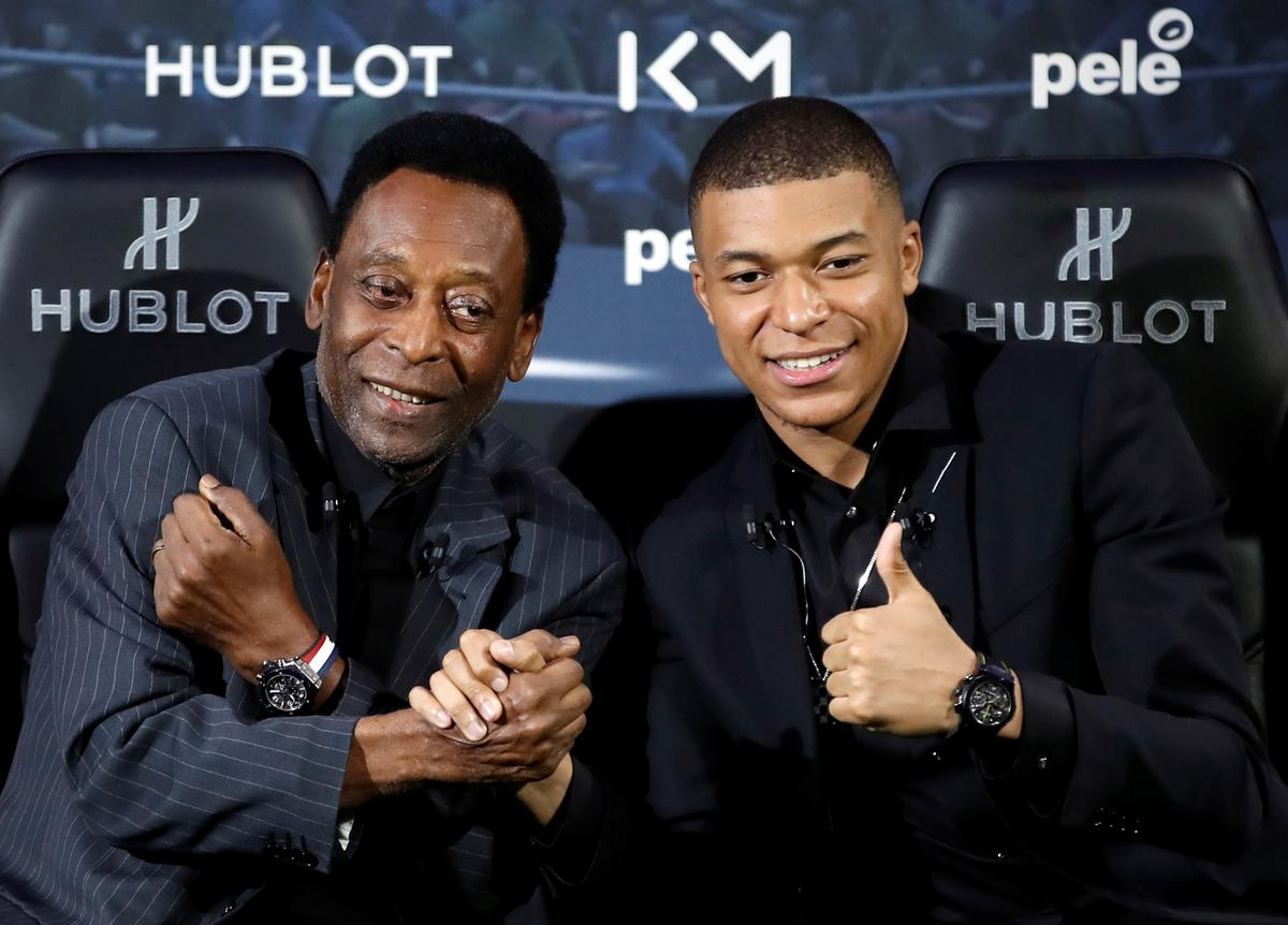 Pele hospitalized in Paris with urinary infection – friend