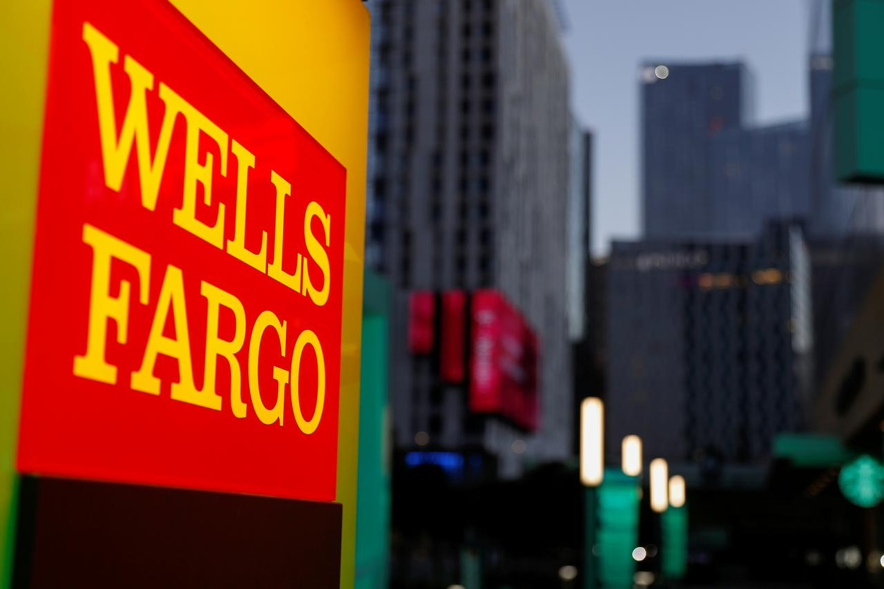 Principal Financial to buy Wells Fargo's retirement unit for