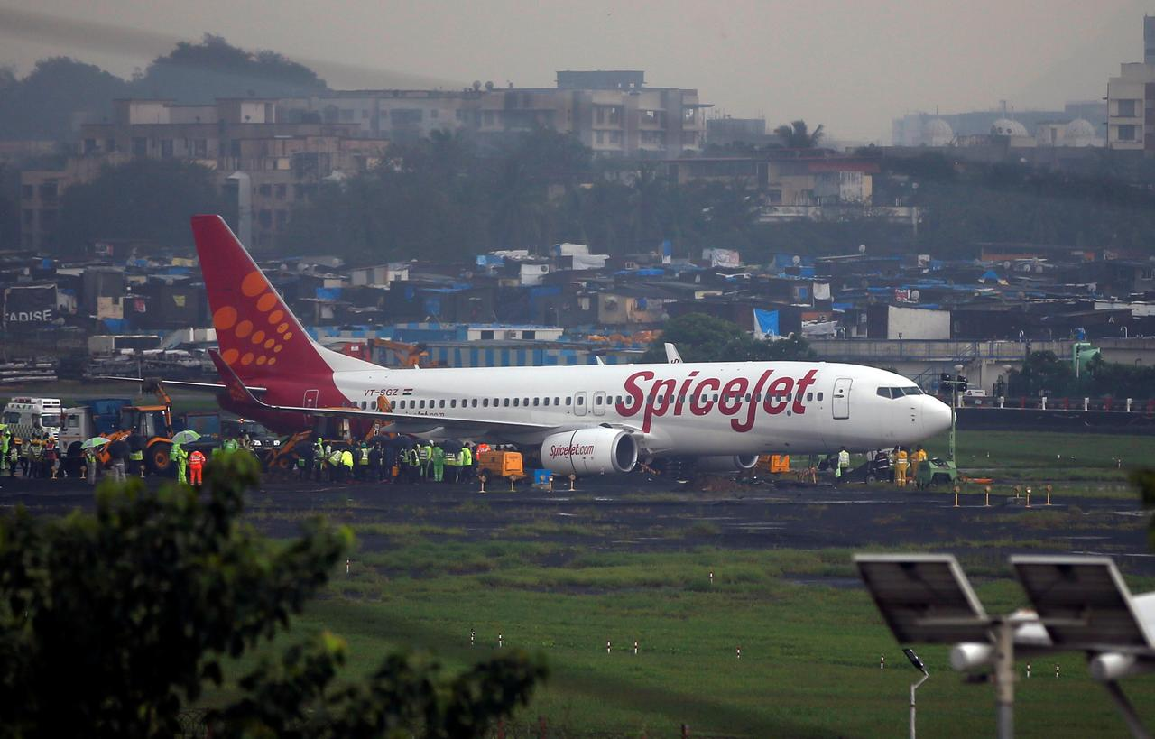 India's SpiceJet to lease 16 Boeing 737s to fill gap as groundings