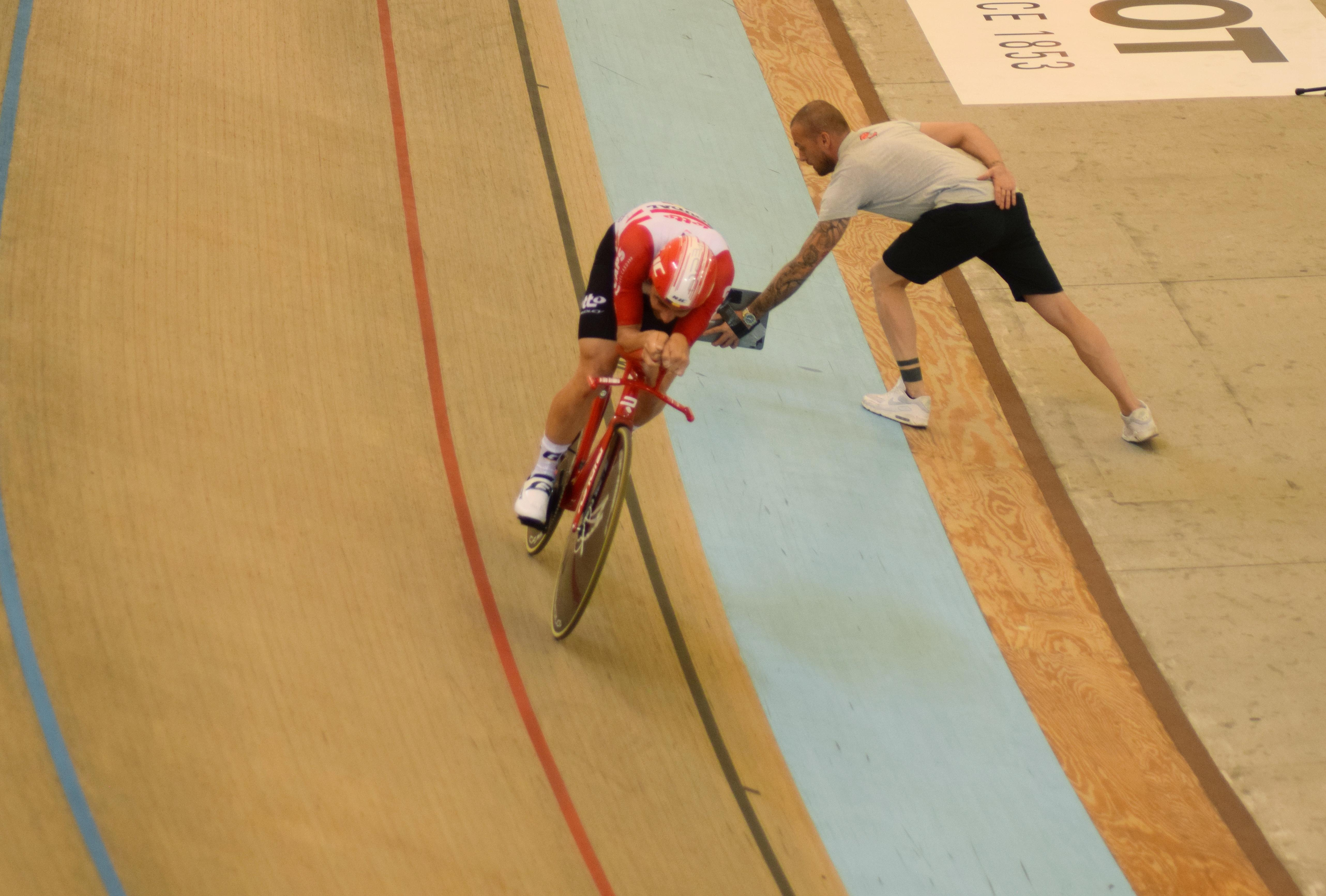 Cycling: Campenaerts breaks Wiggins' one-hour record in Mexico