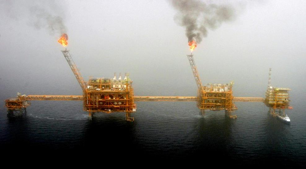 reuters.com - John Kemp - Iran sanctions decision rewards hedge fund oil bulls: Kemp